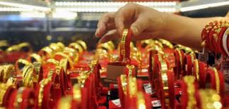 Gold prices rule flat in Delhi bullion market