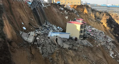 China: Death toll in Friday's landslide rises to 10