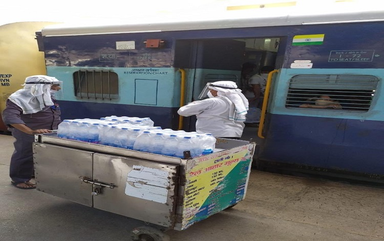 Over 1 lakh stranded labourers originally belonging to North-East return home through Shramik Special trains so far