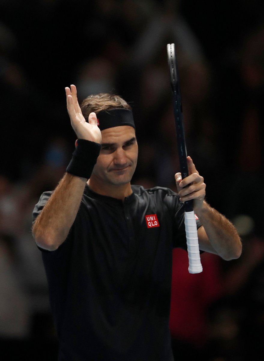Roger Federer outclasses Novak Djokovic to reach ATP Finals in London